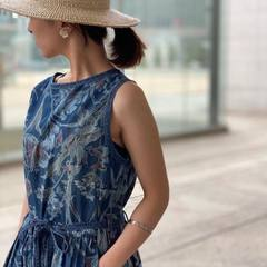 Goma denim Lily Print No Sleeve Dress x Basket Braid HatModel 156cm Wearing size 0@45r_hokkaido_tohoku @45r_official #45r_official #45rparis #45rpm #japanesebrand #madeinjapan #indigo #flowerprint #summercollection