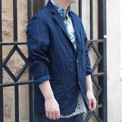 Introducing the new Goma Denim indigo jacket made of 100% cotton. Good news, it's unisex! And it's perfect for spring and even for this summer. You can coordinate it with any style, whether casual or dressy. Find out how you'd like to wear it, come see us in store or check out our online store! Check our new items and how our designer would wear the new collection look on 45R ONLINE shop (Link in bio) #45R#45RPM#jeans#indigo#cotton#madeinjapan#45r_official#fashion#45rparis#paris#tokyo#japan#france#lemarais#sainthonore#saintgermain#doublewoven#organiccotton