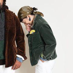 Corduroy×Boa 908 Jacket (available soon in Paris)«目指したのは、古き良きアメリカのヴィンテージコーデュロイ。颯爽と馬をあやつるカウガールカウボーイがくたくたに着こんだ風合いをイメージして、袖、裾、ポケットまわりのアタリ感や掠れたような色味にこだわりました。 着るほどに柔らかく体に馴染み、さらに風合いの増すコーデュロイ。肌触りのよいボアの襟があたたかなユニセックスの908シリーズです。どうぞお好きなサイズ感の着こなしをお楽しみください»Repost @45r_official#unisex #jacket #madeinjapan #45R #45r_official #45rparis #AW20