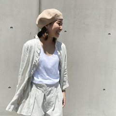Indian Linen Twill Cache Coeur Blouse ☀️➡️ Check out more items on our online shop : 45r.frModel is 148cm tall and she is wearing a size 2-S #5063044- - - - - #45R#45r_nishinihon #45r_paris #madeinjapan #japanesebrand #tokyo #paris #45rstaffstyling #summercollection #linen @45r_nishinihon @45r_official