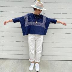 New in: INDIGO TENJIKU COTTON BANDANA BIG T-SHIRTEveryone's favorite is a big t-shirt!! Bandana pattern is printed this time featuring stars and jewelry. . Reposted from @45r_usa . . . #45rusa #45r #45r_official #tagus #tshirt #oneofakind #myfavorite #tshirtstyle #denimstyle #indigo #handprinted #handprintart #todaysoutfit #japanesecompany #tokyo #japan #art #newyork #sanfrancisco #shoponline #indigodye #madeinjapan #サンフランシスコ #ニューヨーク #コットン #日本の #服 #tシャツ