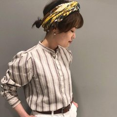 Indian Dobby Blouse x Feather Accessory Print FuroshikiDiscover the latest arrival on our online shop : 45r.fr (link in bio)Thanks @45r_tokyo 📷#45R #45r_official #45rparis #SS21 #madeinjapan #japanesebrand #fashion #paris #tokyo #springcollection #casualchic #basque #ootd #newin #styling
