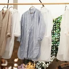 """Today you will discover the new shirt Dump Big Shirt, this one is made of a new cotton that we use, which has a very long and strong fiber, which has a dry touch. If you are already familiar with our """"Miko"""" items, it can be similar to it! The cut can be similar to our Googoo shirts that you already know! But of course with some differences, especially in the collar. Come to our shop to discover this new item or come and have a look at our online shop! Shipping costs are still free! Check our new items and how our designer would wear the new collection look on 45R ONLINE shop (Link in bio) #45R#45RPM#jeans#indigo#cotton#madeinjapan#45r_official#fashion#45rparis#paris#tokyo#japan#france#lemarais#sainthonore#saintgermain#doublewoven#organiccotton"""