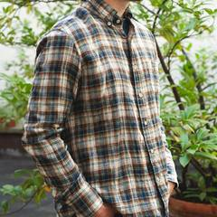 New item!✨ Today you discover the new Double Woven Madras 908 shirt made of organic cotton. The colors are carefully chosen to create a perfect harmony in pure madras style. The double weave cotton is finely woven so that the shirt is light to wear during spring and also during summer. Find your favorite color in our shops! or on our online shop! Check our new items and how our designer would wear the new collection look on 45R ONLINE shop (Link in bio) #45R#45RPM#jeans#indigo#cotton#madeinjapan#45r_official#fashion#45rparis#paris#tokyo#japan#france#lemarais#sainthonore#saintgermain#doublewoven#organiccotton #madras