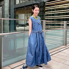 ☀️ New arrivals! A fresh drop of summer essentials have arrived!Distressed Denim No Sleeve Dress is available in ParisModel is 160cm tall and she is wearing size 0-free@45r_tokyo @45r_official#45r_official #45rparis #45rpm #45r #madeinjapan #japanesebrand #paris #summer #su21 #indigo #denimlovers #7055079